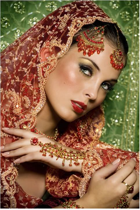 images/advert_images/asain-weddings_files/saafa bridal.1.JPG