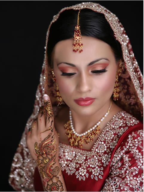 images/advert_images/asain-weddings_files/saafa bridal.2.JPG