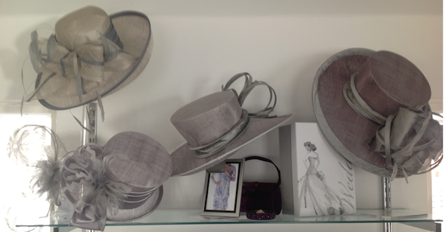 images/advert_images/hats-and-fascinators_files/ANNE MORRIS HATS.png